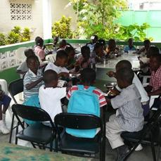 dejeuner des enfants
